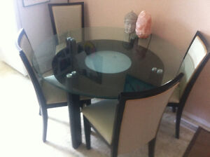 Sturdy glass table in EUC
