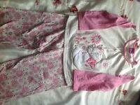 Girls pyjamas age 3-4