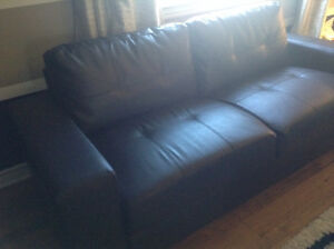 Moving Needs to go, brand New Sofa, 5 months old Cornwall Ontario image 3