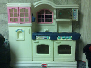 Little tikes kitchen Kitchener / Waterloo Kitchener Area image 1