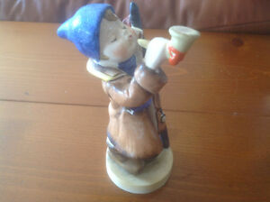 "VINTAGE ""MARUYAMA"" PORCELAIN FIGURE MADE IN OCCUPIED JAPAN"