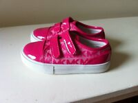 """Chaussures neuves Mikeal Kors fillette taille """"8"""""""