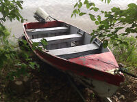 12 Foot Lonestar Aluminum Boat with Evinrude 4.5 HP Outboard