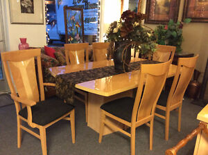 9 Piece Italian Maple Dining set