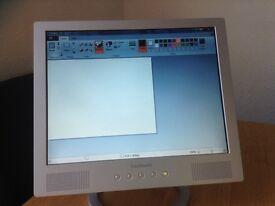 LCD FLATSCREEN MONITOR