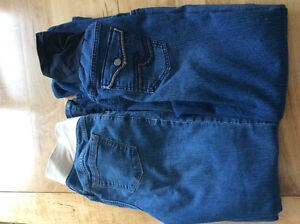 Two pairs of maternity jeans for $10