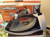 Steam Iron for sale at very low price!