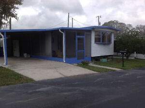 Mobile Home in Lakeland Florida $3500 US / 5000 CD