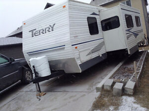TERRY 2004  ... 26F   ,SWEET TRAILER