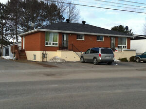 2 bedroom apartment in Sturgeon Falls available July 1st