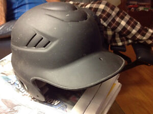 BASEBALL HELMET - RAWLINGS