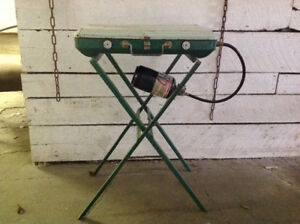 Classic Coleman propane stove with stand