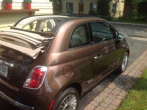 2012 Fiat 500 decapotable SEULEMENT 6000 KM ( comme neuve)