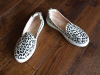 Topshop leopard pumps sneakers size 4