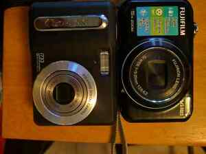 FUJI-FILM JX300 14MP & POLAROID I733 NEED GONE ASAP