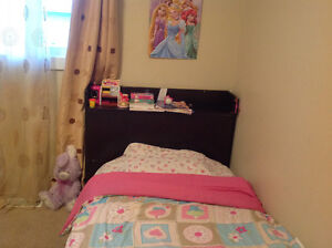 Twin comforter and sheet sets (girl)