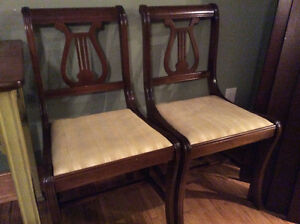 Antique table and chairs Peterborough Peterborough Area image 3