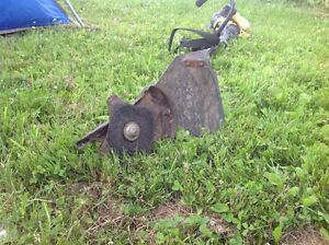 YARD MAN TRIMMER AND BRUSH CUTTER