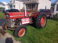 Farm tractor with some accessories