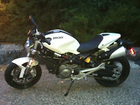 Ducati Monster 696 - almost new condition