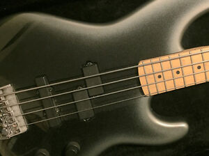 Bass for sale USA Fender Precision Plus Deluxe - excellent