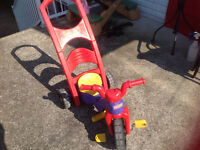 Tricycle et bascule Fisher Price
