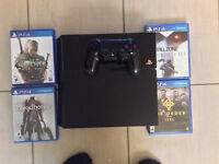 PS4 w/ 4 games