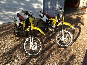Two Suzuki 125 L DRZ 4 Strokes