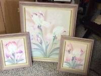 Set of three oil painting in pastel colours with wood frame