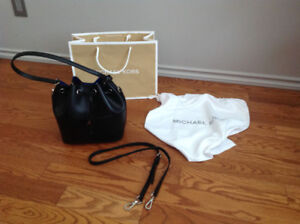 Authentic Michael Kors Black Hobo purse