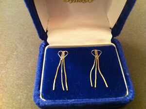 Gold yellow and white Earrings