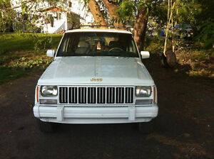 1992 Jeep Cherokee Limited SUV, Crossover