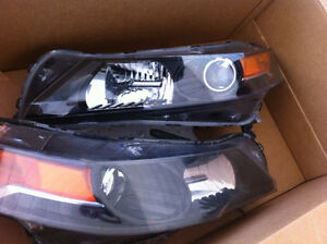 Acura TL 2012 HID Headlights (Both Sides) - $500 (Coquitlam)