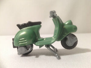 KINDER EGG TOY GREEN SCOOTER