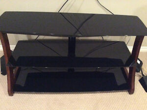 3 shelved tv stand
