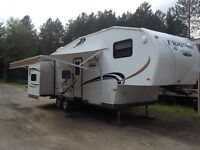 5th wheel camper, towable with half ton truck