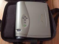 InFocus LP335 projector