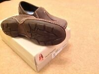 Hush Puppy shoes size 5