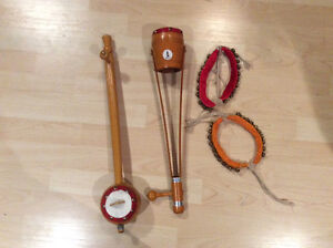 Authentic Indian instruments (ektera, ghungroo)