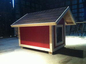 REDUCED - New, Lg Insulated Dog House