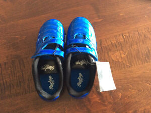 Youth Size 1 Rawlings Soccer Shoes