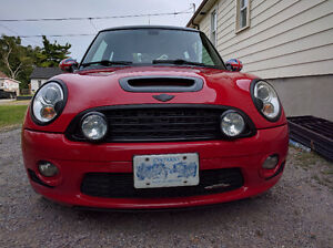2009 MINI John Cooper Works LOADED Hatch (1.5 Yr Warranty left)