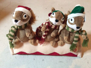 Christmas musical squirrels decoration