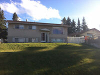 3 Bedroom House - HINTON, AB AVAILABLE NOVEMBER 1ST