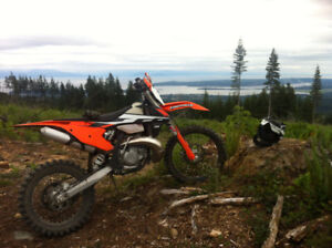 2017 KTM 250 XCW Negotiable and can deliver