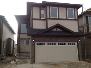 SHOW HOME NEW 5BEDRMs, 3MASTER BDRMs 4Bath RMs! IMMEDIATELY!