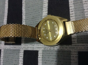 21 Jewels Lady Mechanical watch not working - for parts/Repair