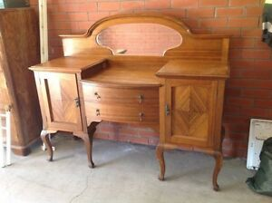 Oak Dresser/ Dressing Table Lockleys West Torrens Area Preview