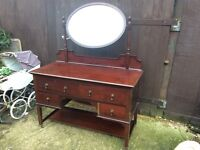 Fab mahogany antique sideboard dressing table