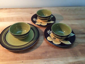 REDUCED  -  Set of New Dishes